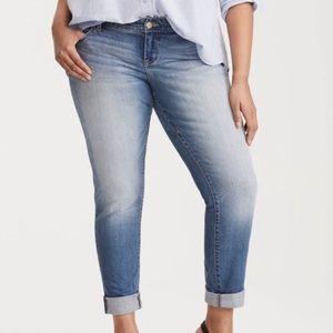 TORRID Boyfriend Distressed Jeans 10